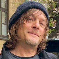 Daryl Dixon Walking Dead, The Walking Dead 3, Norman Reedus, Daryl And Rick, Beautiful Men, Beautiful People, Melissa Mcbride, Good Looking Men, Actors & Actresses