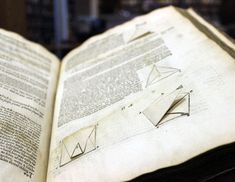 First glimpse of lost library of Elizabethan polymath John Dee | New Scientist
