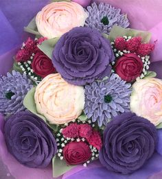 12 cupcake bouquet consisting hand-piped roses, peonies, pink Veronicas and Dahlias. Floral Cupcakes, 12 Cupcakes, Buttercream Flowers, Buttercream Cake, D Flowers, Peonies, Dahlias, Halal Recipes, Cards