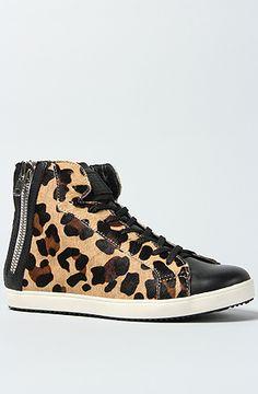 Pour La Victoire The Heydi Sneaker in Leopard Pony : @Karmaloo - WANT