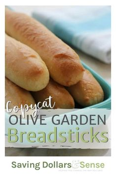 This copycat Olive Garden recipe is so easy to make and they taste just like the Olive Garden breadsticks you love. The seasoning is perfect and I would say these homemade breadsticks might even be better than the breadsticks you get at Olive Garden. Breakfast Bread Recipes, Quick Bread Recipes, Baked Chicken Recipes, Baking Recipes, Olive Garden Breadsticks, Homemade Breadsticks, Breadsticks Recipe, Olive Garden Recipes, Easy Weekday Meals