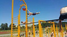 Human flag front lever calisthenics workout
