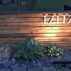 Modern Front Yard, Front Yard Fence, Modern Landscaping, Front Yard Landscaping, Landscaping Ideas, Casa Rock, 4 House Number, Number 0, Exterior Makeover