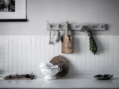 Simple Tricks Can Change Your Life: Boho Kitchen Decor Moroccan Tiles kitchen decor window cafe curtains. Interior Desing, Interior Paint Colors, Modern Interior, Interior Painting, Farmhouse Interior, Kitchen Interior, Kitchen Decor, Kitchen Design, Kitchen Furniture