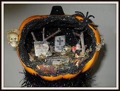 Fake Pumpkins being used as dioramas. Halloween Diorama, Halloween Shadow Box, Halloween Graveyard, Holidays Halloween, Halloween Crafts, Holiday Crafts, Holiday Fun, Happy Halloween, Halloween Party