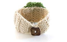 The May ~ Crochet Flower Bracelet