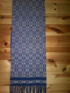 Monks Belt pattern - table runner