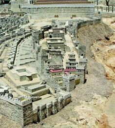 The Biblical City of David in the period of Herod's Temple, from the Holy Land Model of Jerusalem. The southern wall of the Temple Mount appears at top. Jerusalem Israel, Israel Palestine, East Jerusalem, Palestine History, Israel Flag, Voyage Israel, Arte Judaica, Temple Mount, Israel Travel