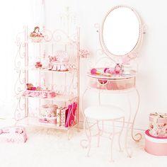 #vanity #furniture #cute #pink #princess #floral