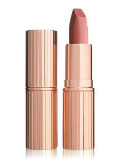 Op zoek naar Charlotte Tilbury Matte Revolution - lipstick ? Ma t/m za voor 22.00 uur besteld, morgen in huis door PostNL.Gratis retourneren.