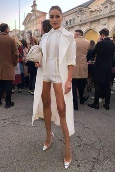 Olivia Culpo at Elisabetta Franchi Show in Milan Daily Fashion, Love Fashion, Fashion Looks, Womens Fashion, Classy Outfits, Trendy Outfits, Fashion Outfits, Olivia Culpo, White Fashion