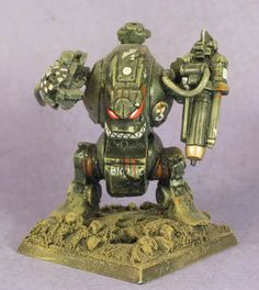 John Blanche painted this old Rogue Trader era dreadnought.