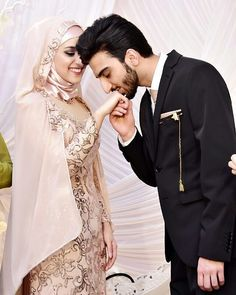"5,366 Likes, 66 Comments - Muslim Wedding Ideas {106k} (@muslimweddingideas) on Instagram: ""Such a sweet moment and a stunning location  Congrats to the lovely couple  Captured beautifully…"""