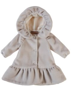 Little girls wintercoat in virgin wool with cashmere. Sophisticated elegancy, handmade in Italy.   -wintercollection now in sale, worldwide deliveries-