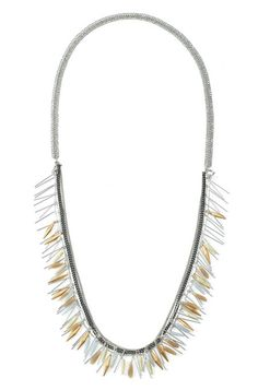 Our fringe necklace is a gorgeous mixed metal necklace for a variety of occasions. Browse our site for chunky necklaces & fashion jewelry at Stella & Dot.