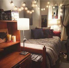Awesome 60 Genius Dorm Room Storage Organization Ideas https://crowdecor.com/60-genius-dorm-room-storage-organization-ideas/