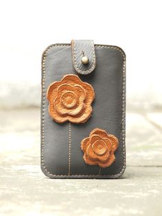 iPhone 5 Leather Case Floral iPhone Case Sleeve Gadget Case iPhone 5 Case / Dreamy Daisy /. $34.00, via Etsy.