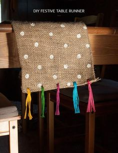 festive table runner Make this festive, colorful polka dot table runner!Make this festive, colorful polka dot table runner! Table Runner And Placemats, Burlap Table Runners, Sewing Projects, Diy Projects, Burlap Projects, Cool Tables, Burlap Fabric, Burlap Crafts, Deco Table