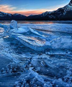 Abraham Lake   Frozen Abraham Lake - a gallery on Flickr