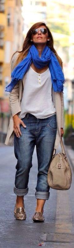 Boyfriend Jeans & Scarf