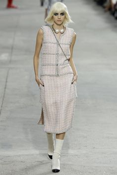 Chanel Ready To Wear Spring Summer 2014 Paris - NOWFASHION