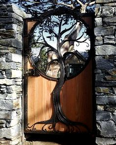 Photos Blend of Architecture with Art Nouveau. At this time it was a revolutionary movement where there was a strict barrier between pure art and art. Art Nouveau focuses more on the concept of und… Cool Doors, Unique Doors, Garden Gates, Garden Art, Garden Doors, Tree Garden, Garden Entrance, Entrance Gates, House Entrance