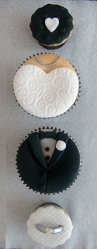 Bride and Groom Wedding Cupcakes