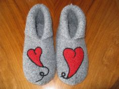 <3 Crazy Socks, Holidays And Events, Knit Crochet, Diy And Crafts, Slippers, Wool, Knitting, Felting, Ladder