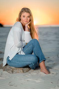 Class of 2018 Senior Portrait, Beach Senior Pictures, Gulf Shores Alabama Beach Photography Poses, Beach Poses, Beach Portraits, Food Photography, Photography Lighting, Photography Lessons, Photography Equipment, Boudoir Photography, Girl Senior Pictures
