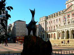 Plaza de Armas de Ferrol (A Coruña)_Escultura de Alberto Sánchez Pérez