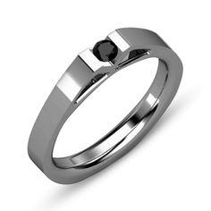 Rewelacyjny pierścionek z czarnym diamentem