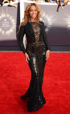 Beyoncé arrasa em apresentação no VMA 2014