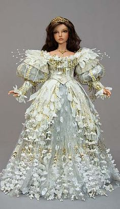 I am constantly in awe of Martha Boer's skill at costume making and her attention to detail.