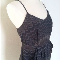 Navy Collective Concepts Dress Very chic patterned dress from Collective Concepts from Nordstrom. 100% polyester, fully lined, and it's got pockets y'all! Colors are mostly navy/slate hues. In very good used condition. Sz Sm- I'd recommend best fit for a 2, maybe even a 0. (This is a re-posh item, only worn once before changing sizes. Priced to simply recover a portion of what I paid) Collective Concepts Dresses