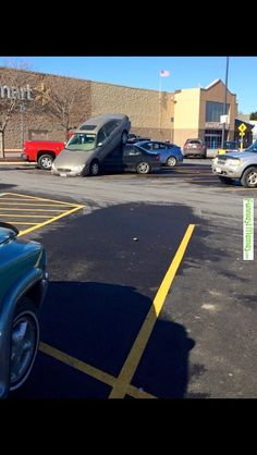 Funny Meme - [A little fender bender in the parking lot.] Check more at http://www.funniestmemes.com/funny-meme-a-little-fender-bender-in-the-parking-lot/
