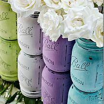 Hometalk :: Give your mason jars a shabby chic look with some acrylic paint and sa…