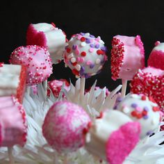 cake pops | Chocolate Therapy: Valentine's Day Cake Pops