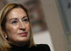 Pastor reitera que se mantendrá la ayuda del 50 % al transporte en Canarias - http://gd.is/hbPJdD