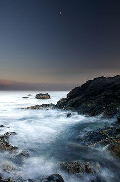 Spectacular shoreline of Nootka Island.