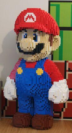 Super Mario Legos statute