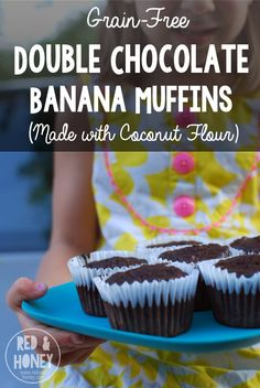 Grain-Free Double Chocolate Banana Muffins (made with coconut flour! They're legit healthy, peeps. Coconut flour and eggs = awesome protein, and coconut oil = superfood, healthy fats. No refined su Delicious Vegan Recipes, Whole Food Recipes, Dessert Recipes, Yummy Food, Free Recipes, Breakfast Recipes, Free Breakfast, Paleo Dessert, Breakfast Dishes