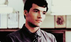 mmmmm, Ian Harding aka Mr. Fitz <3