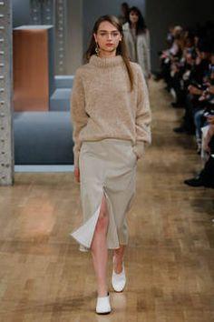 tibi aw15 0005 New York Fashion Week 2015 - die Shows sind in vollem Gange. flair zeigt Ihnen die besten Looks der besten Kollektionen - Stay tuned...