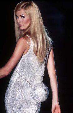 Karen Mulder at Atelier Versace F/W 1995