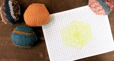 how to assemble the beekeeper's quilt--free template Bee Keeping, Templates, Crafty, Quilts, Knitting, How To Make, Handmade, Free, Babies