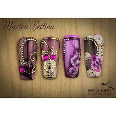 #brillbird #martonbettina #bettinamarton #nailart #naildesign #nail #nails #nailpolish #nails2inspire #nails2inspire #nailpolish #nailswag #nailstagram #nailsofinstagram #transferfoil #foil #flower #pattern #nailpatterns #gold #swarovski