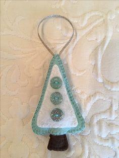 Felt crafts, felt ornament, Christmas tree, made by Janis