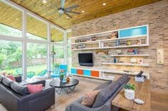 awesome 100 Brick Wall Living Rooms That Inspire Your Design Creativity Check more at http://www.interiordesignnewideas.com/100-brick-wall-living-rooms-that-inspire-your-design-creativity.html