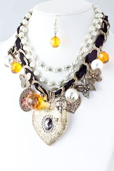 DivaByDzine - Hearts & Flowers Locket Necklace Set - $20