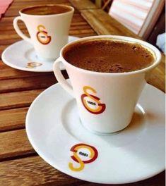 Coffee Latte, Animal Wallpaper, Espresso Cups, Coffee Break, Easy Meals, Mugs, Cooking, Tableware, Football